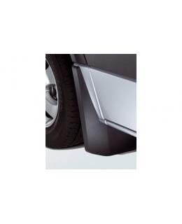 Брызговики задние Volkswagen Crafter 2006-2011, Crafter 2012> для автомобилей с двухрядным расположением колёс - 2E0075108